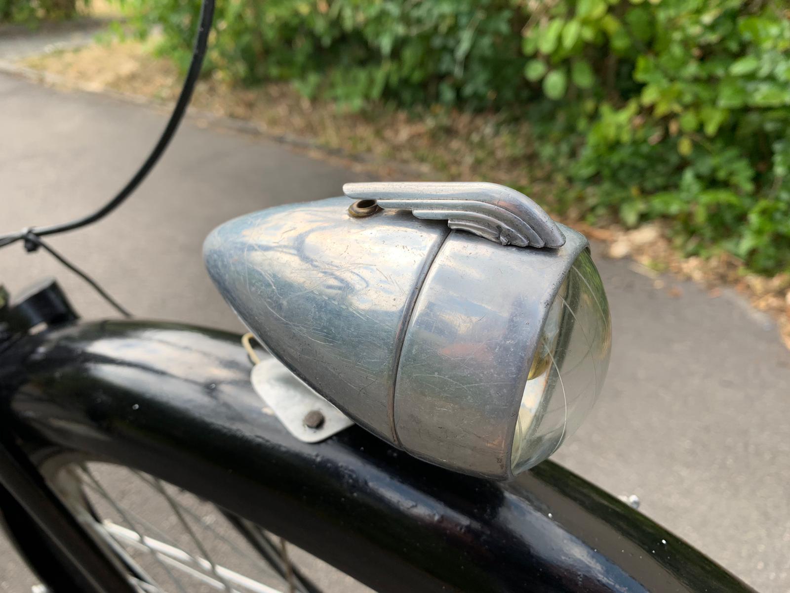 Fahrrad: Dreirad für ein Museum restauriert