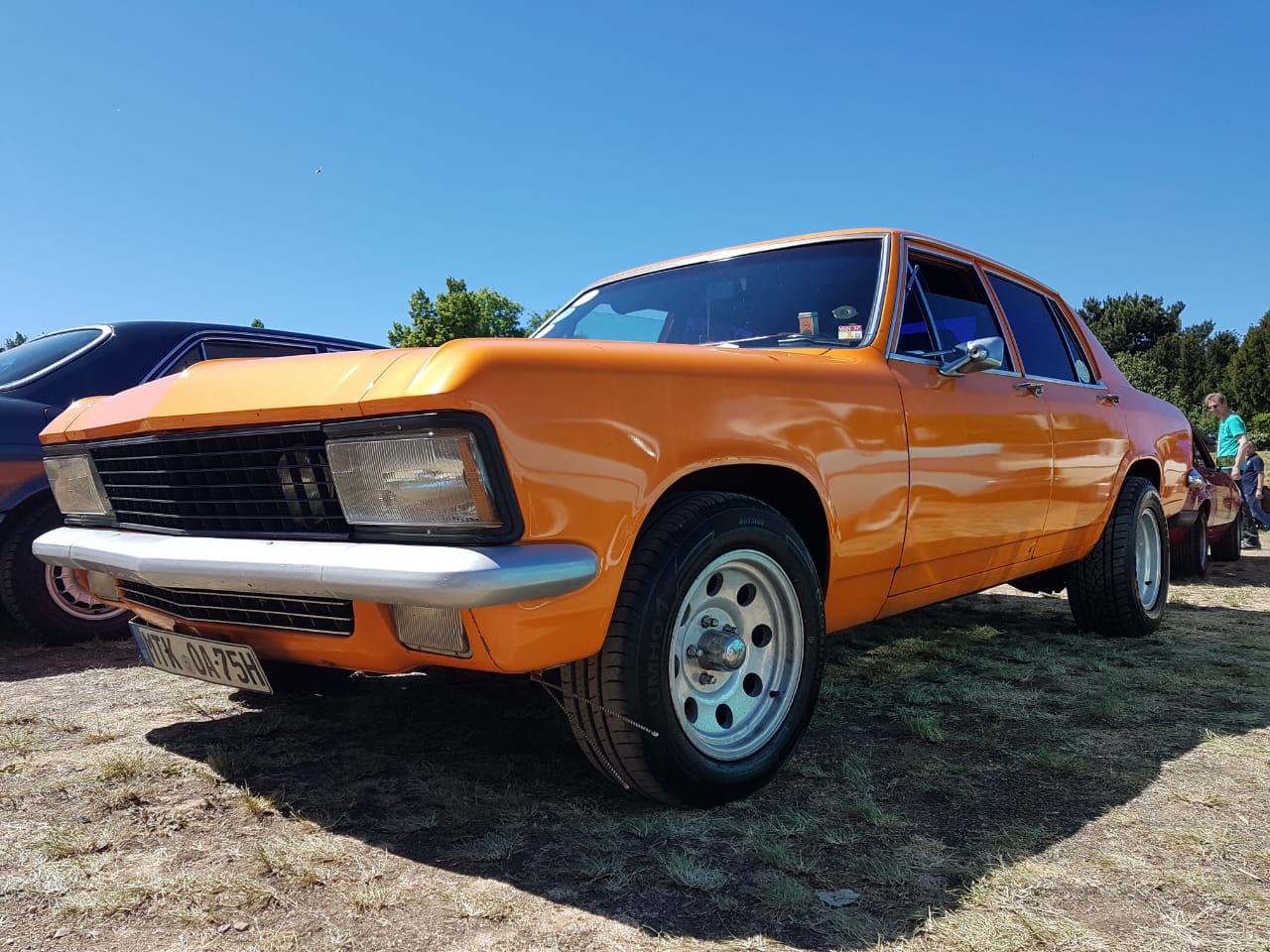 Opel Diplomat V8 in orange von Christian